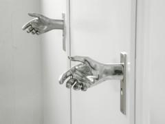 Какие двери выбрать шпонированные или ламинированные